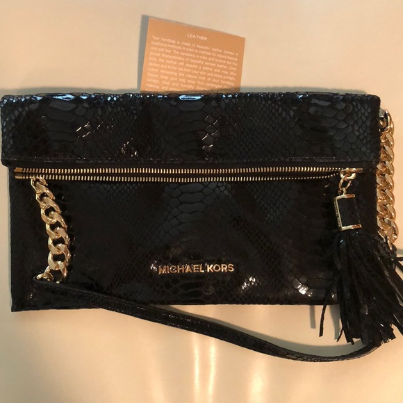 Michael Kors Handbags - Michael Kors authentic leather snakeskin purse